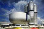 宝马本周确实着火了这家德国汽车制造商推出了202 BMW5系20216系和X2的插电式混合动力版