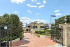拥有美丽海滨景色的豪华豪宅已成为今年澳大利亚最昂贵的房屋出售