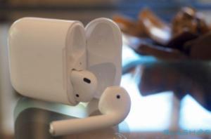 适用于iOS 12的AirPods Live Listen支持